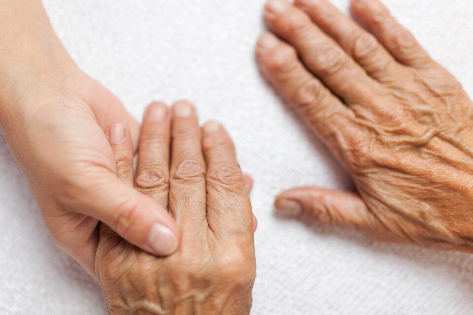 Nueva capacitación gratuita de Ferrum: rediseñar baños para adultos mayores