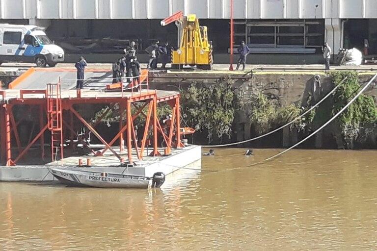 Encontraron un cadáver flotando en el agua junto al Casino de Puerto Madero